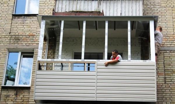 Как закрыть балкон сайдингом своими руками 25